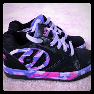 Black pink and purple camo Heelys